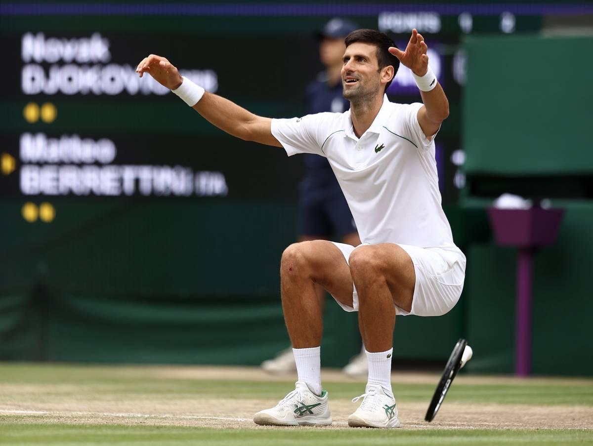 Djokovic finisce nell'occhio del ciclone per una foto