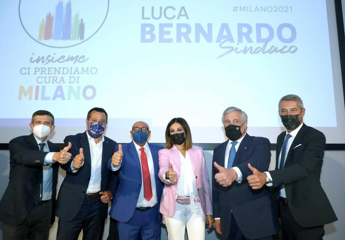 """""""Combatto con voi"""": Berlusconi lancia Bernardo"""