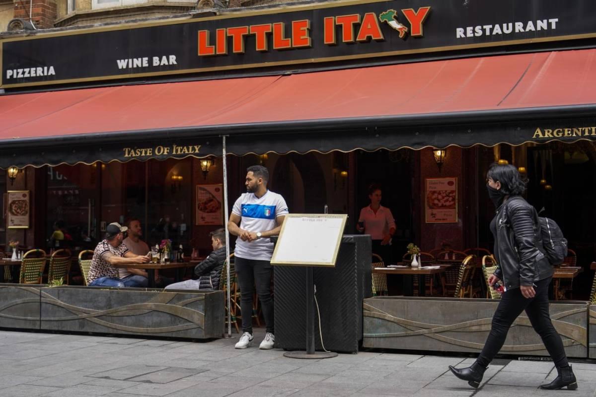 Agli inglesi brucia ancora: ora boicottano i ristoranti italiani