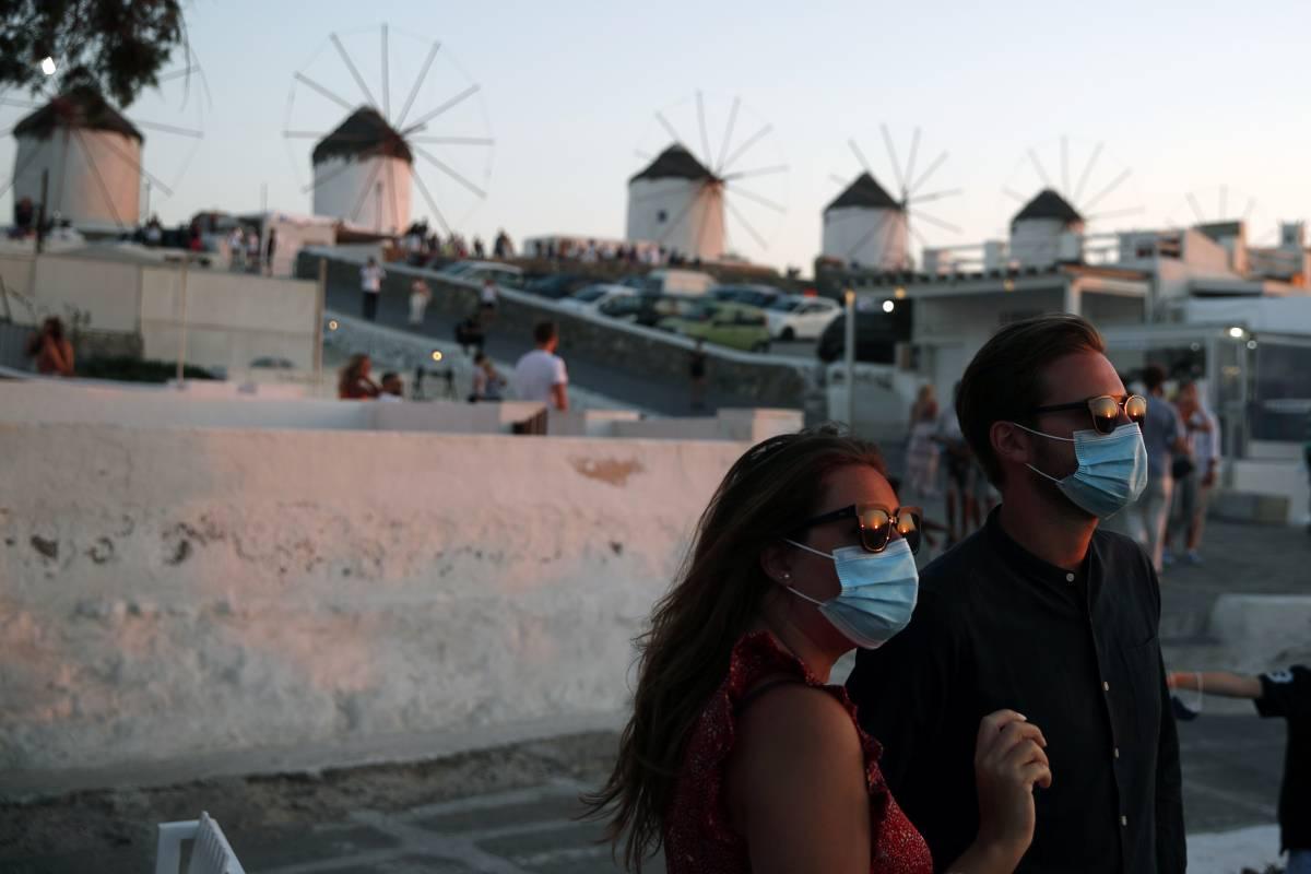 All'estero torna il coprifuoco nei luoghi simbolo della movida