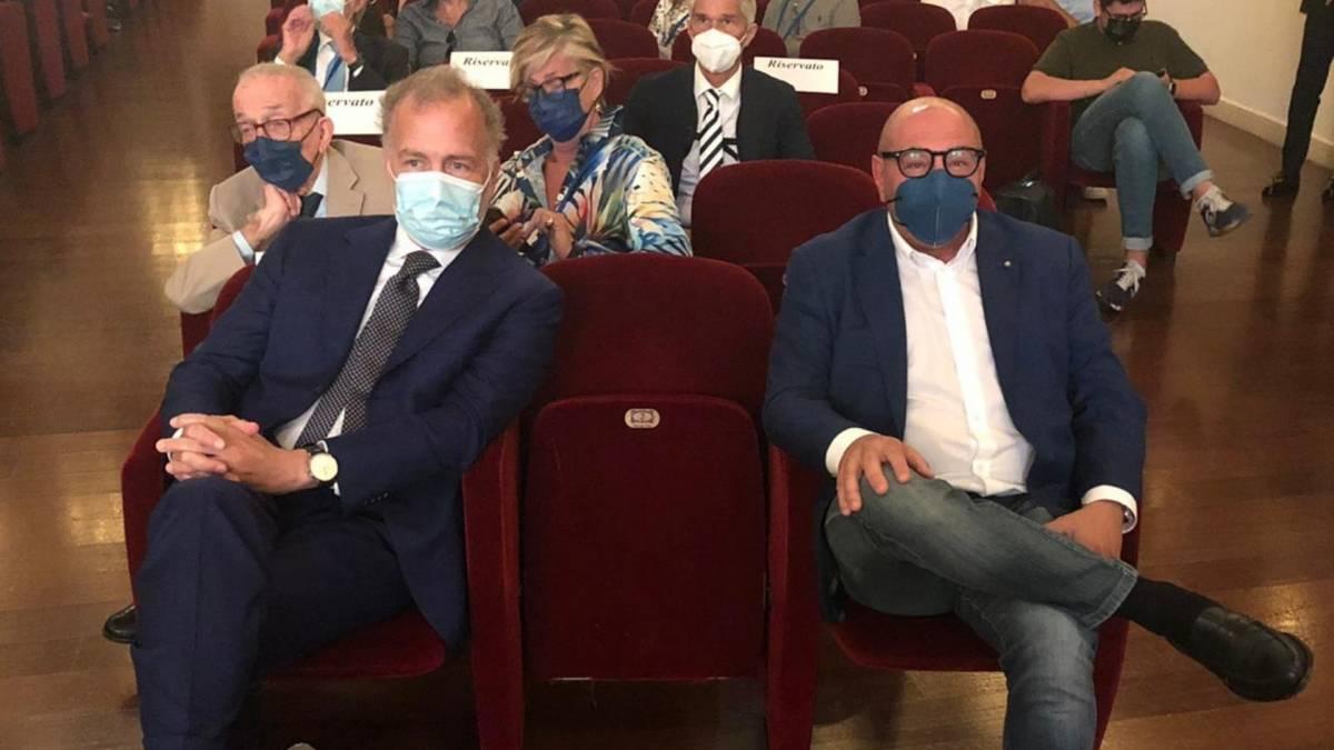 """La carica dei candidati di centrodestra: """"Riaccendiamo Milano e Torino"""""""
