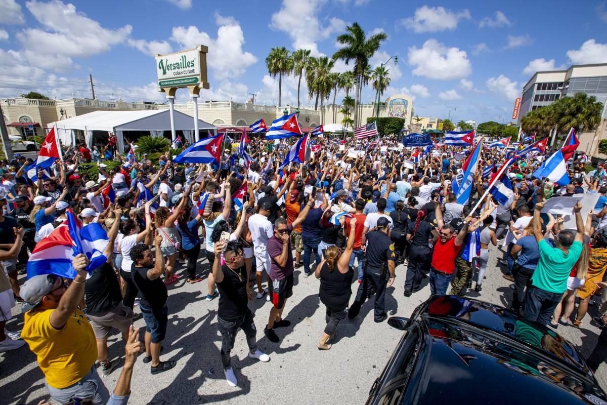 Permessi per macellare una mucca e altre follie del regime cubano