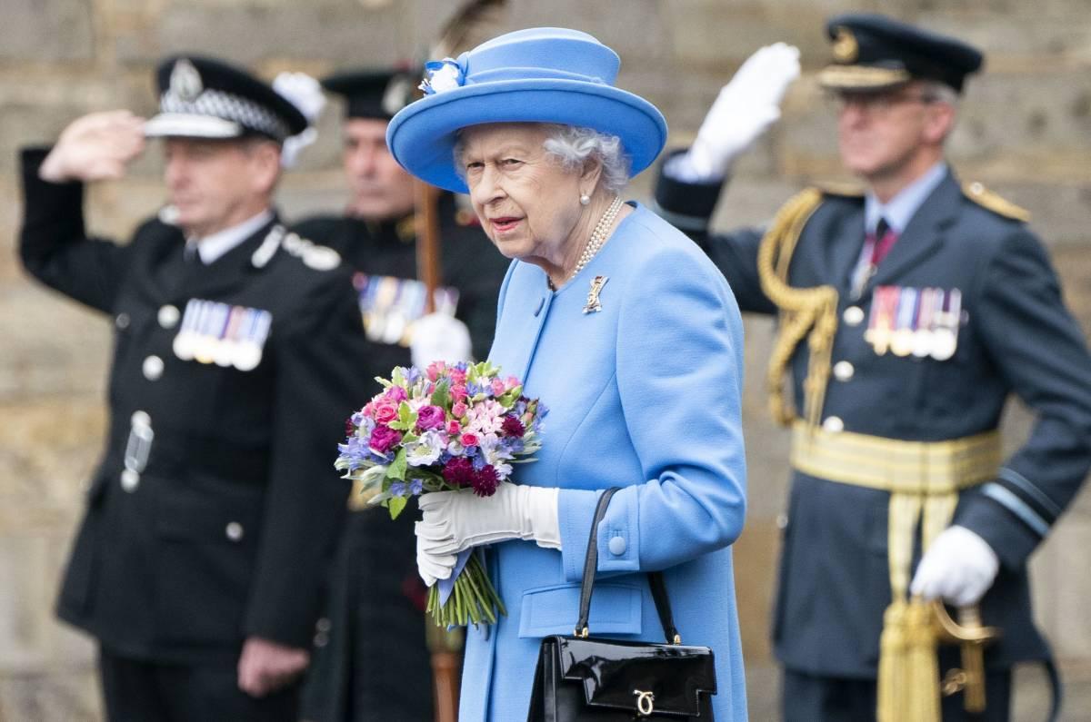 """""""Questa è l'ultima goccia"""": l'ira della Regina contro Harry"""