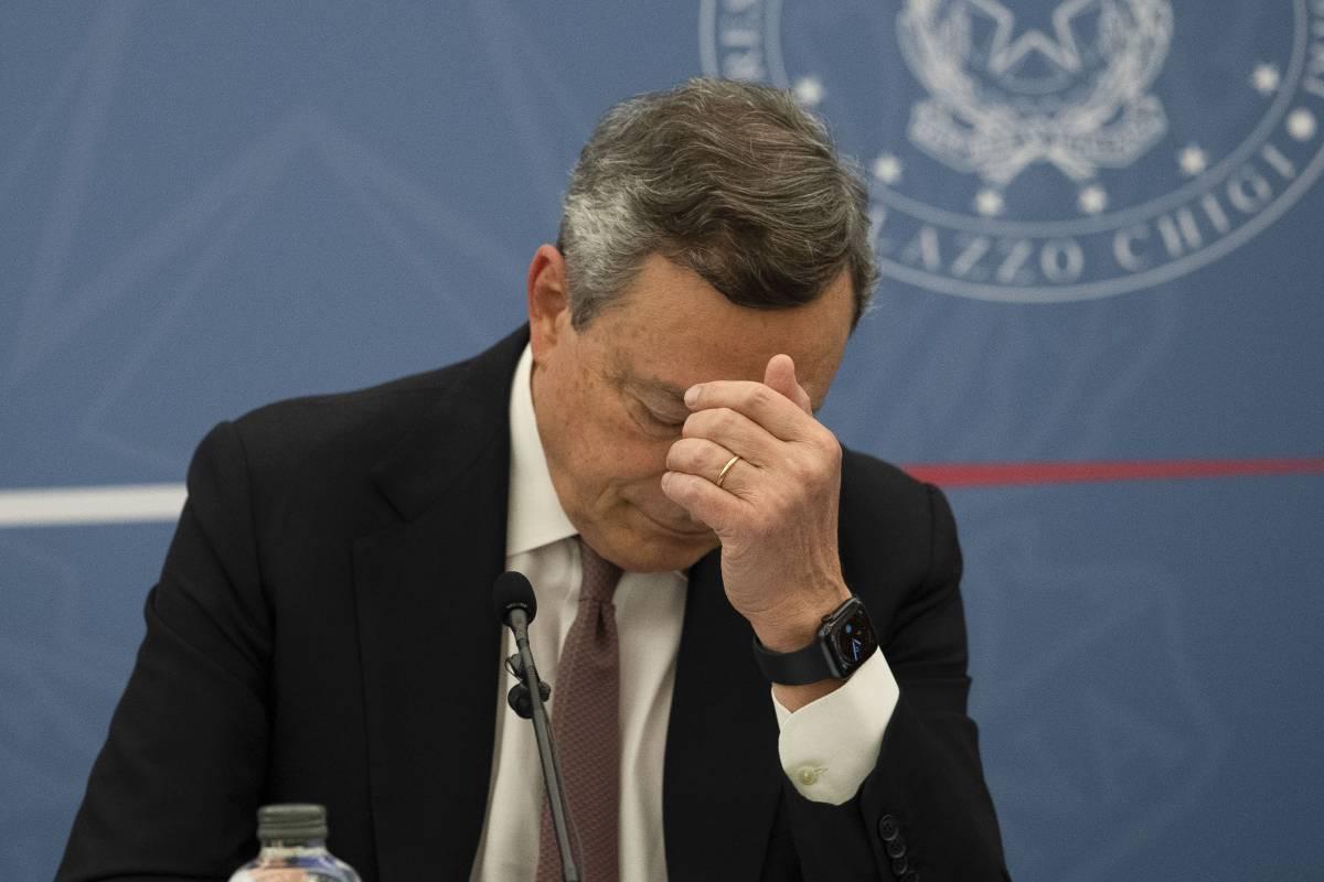Draghi esasperato dalle beghe M5s impone l'agenda: subito la giustizia poi il dossier Covid
