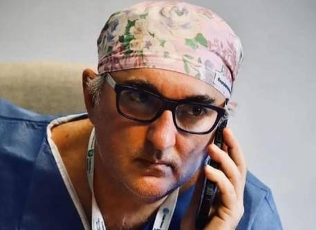 Un'inchiesta sul suicidio di De Donno, icona No Vax