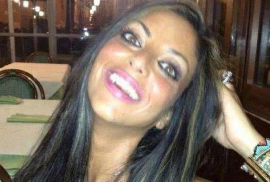 """""""Fu strangolata"""", l'ipotesi sul suicidio di Tiziana Cantone"""