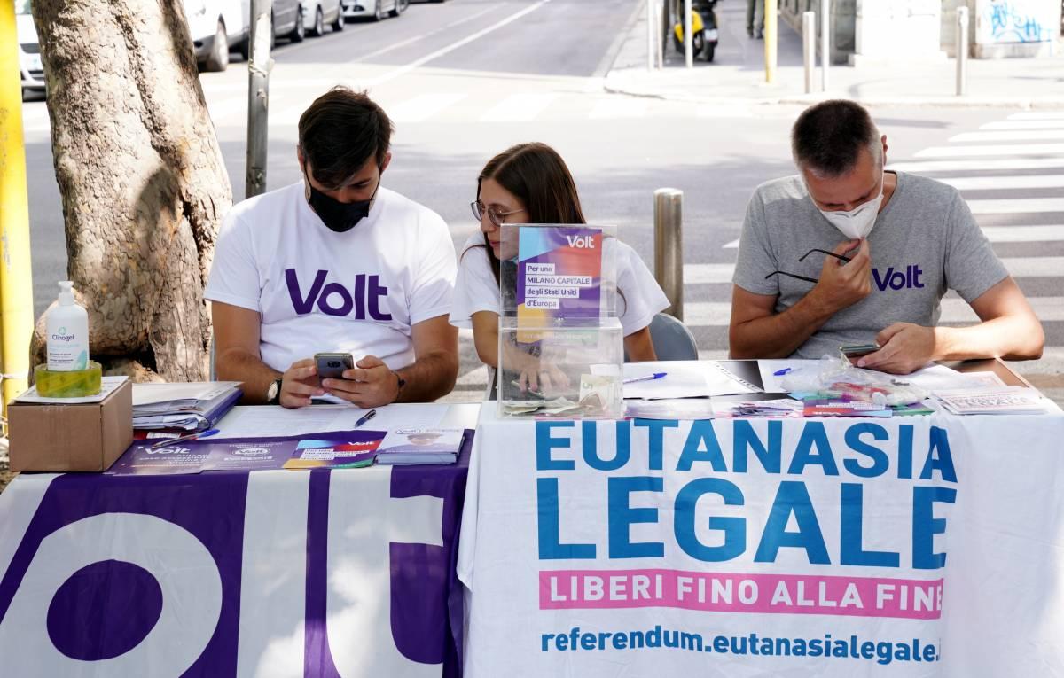 Eutanasia, superate 800mila firme. Ma dopo il referendum servirà comunque una legge