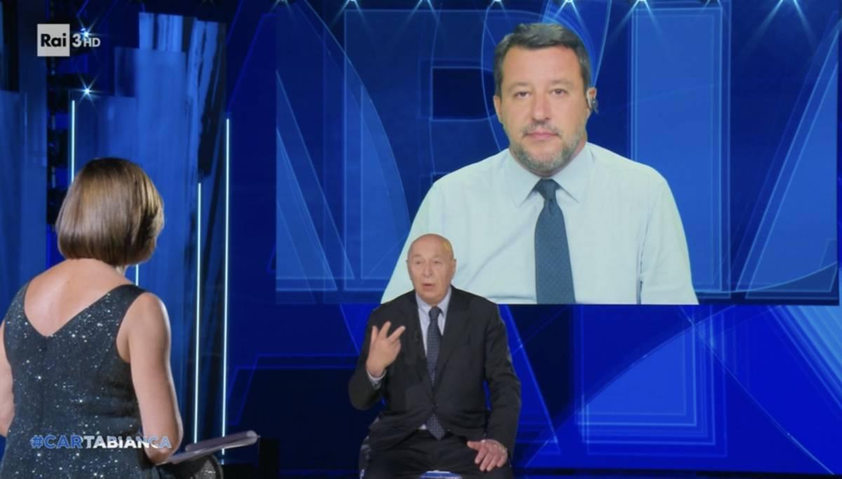 """""""Non capisco..."""", """"Parlo italiano"""": scontro di fuoco tra Paolo Mieli e Salvini sul Green pass"""