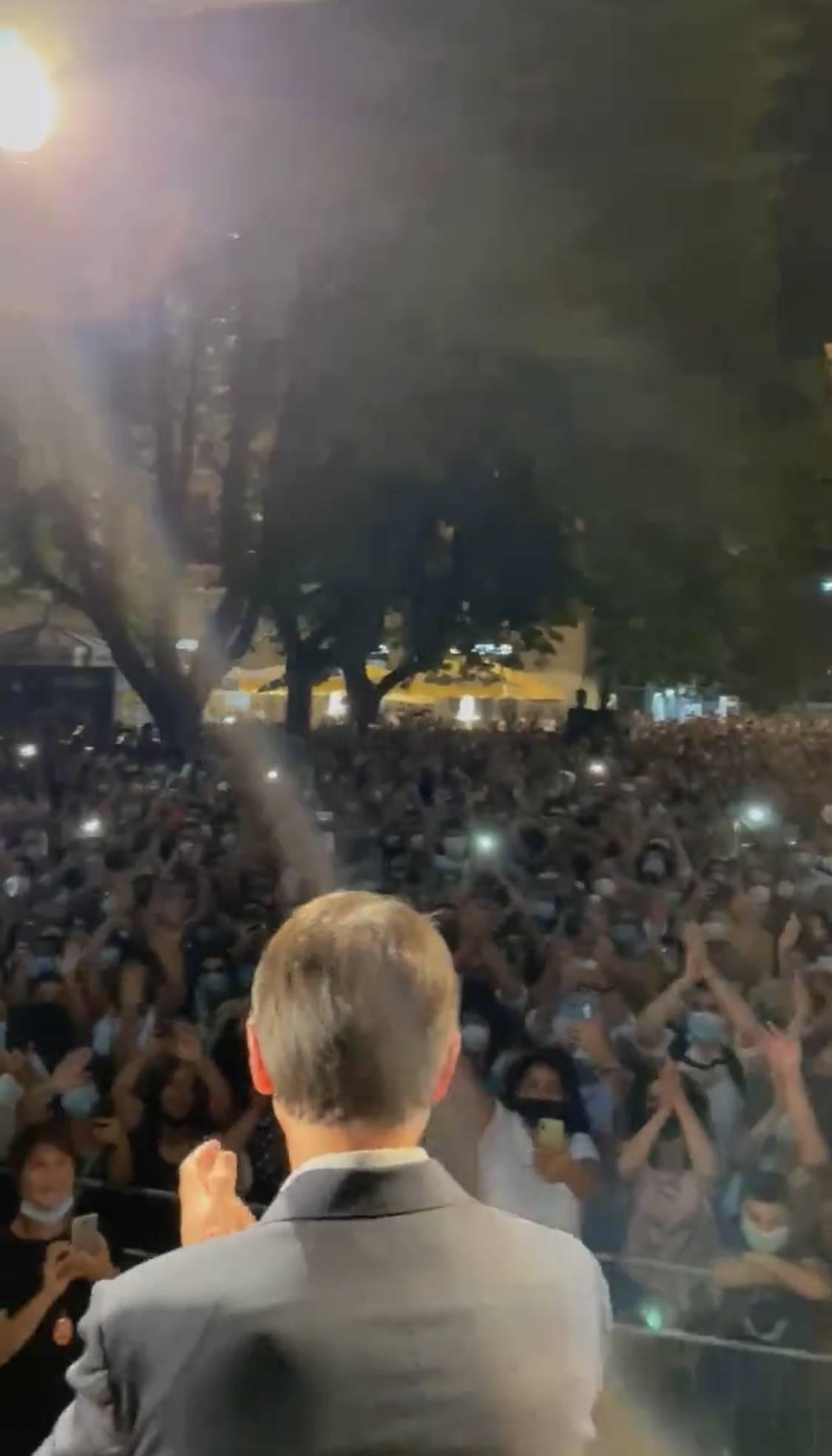"""""""Tornano gli spettacoli?"""". Ermal Meta asfalta Conte"""
