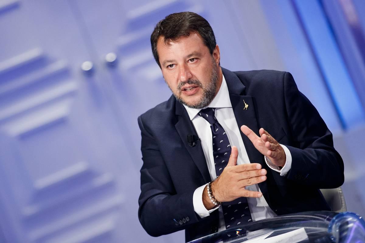 """Salvini: """"Morisi? Attacco alla Lega a 5 giorni dal voto"""""""