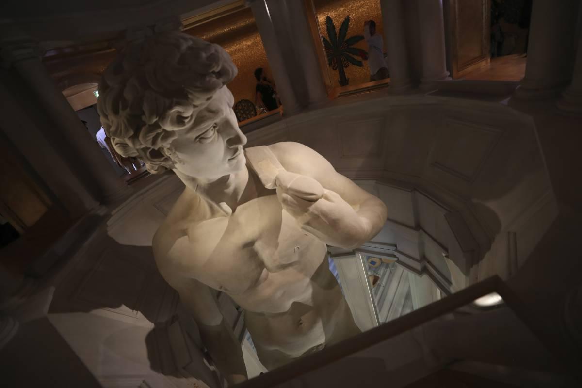 L'autocensura del David umilia l'arte