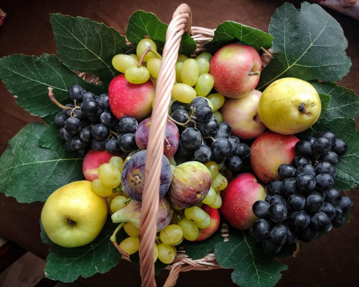 Frutta dell'autunno: lista e benefici per gli over 60