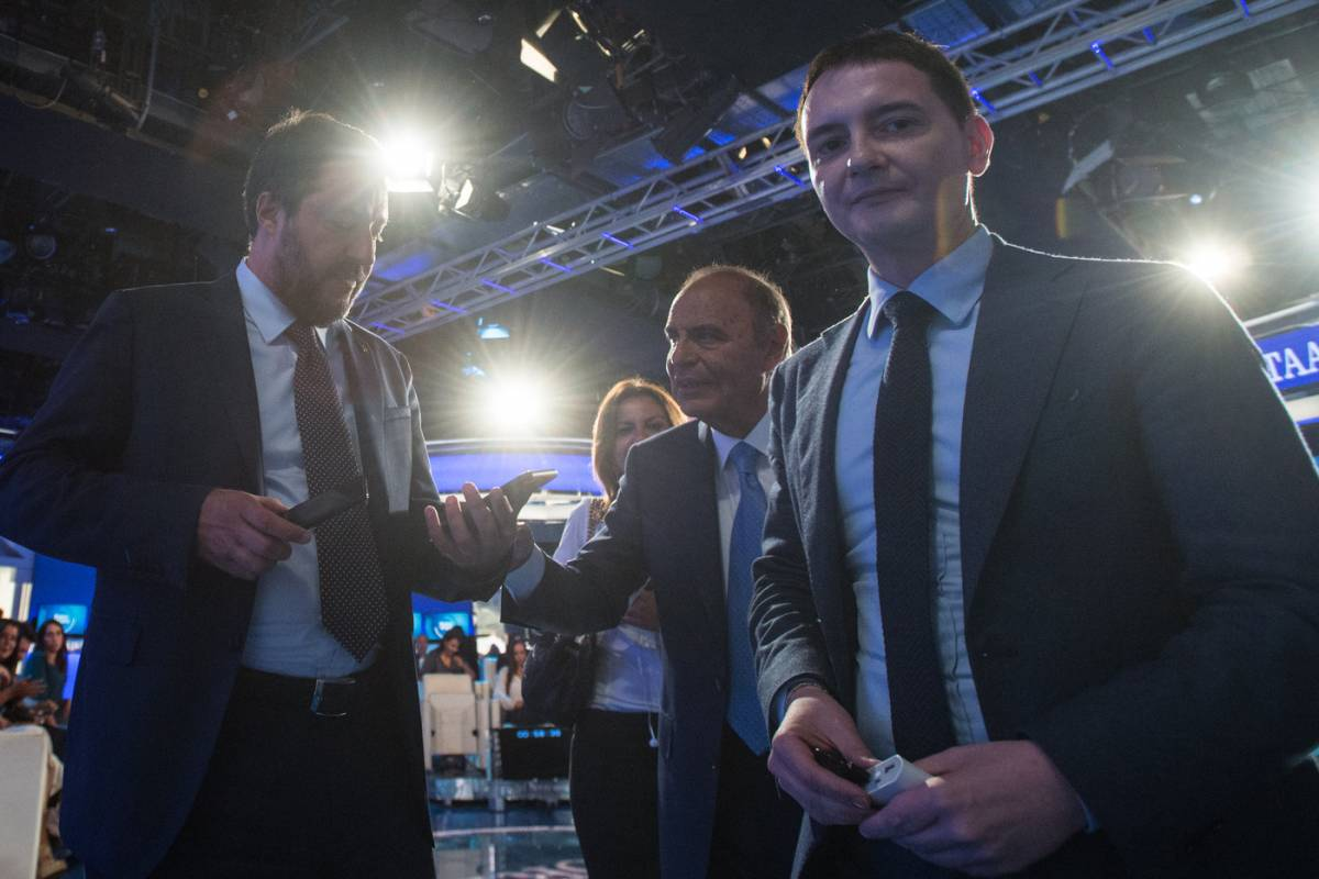 """I pm di """"Repubblica"""" dettano le accuse su Morisi: cosa è successo"""