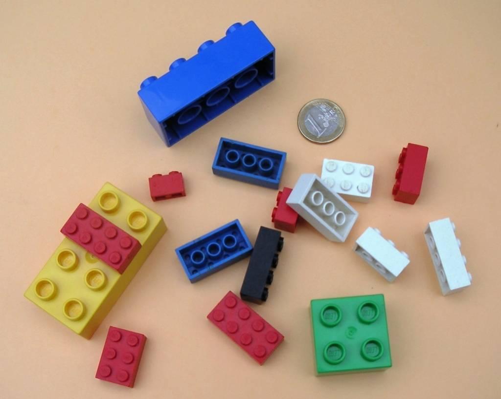 """L'annuncio della Lego: """"Via stereotipi di genere dai nostri giochi"""""""