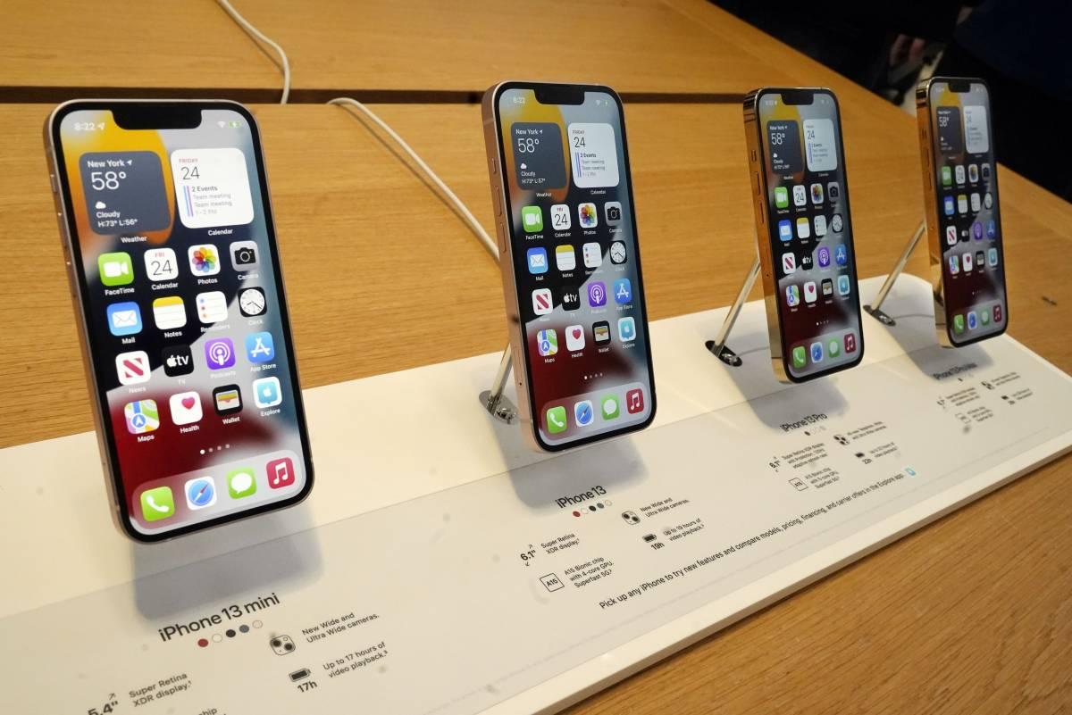 Meno iPhone e scaffali vuoti: cosa succede alla Apple