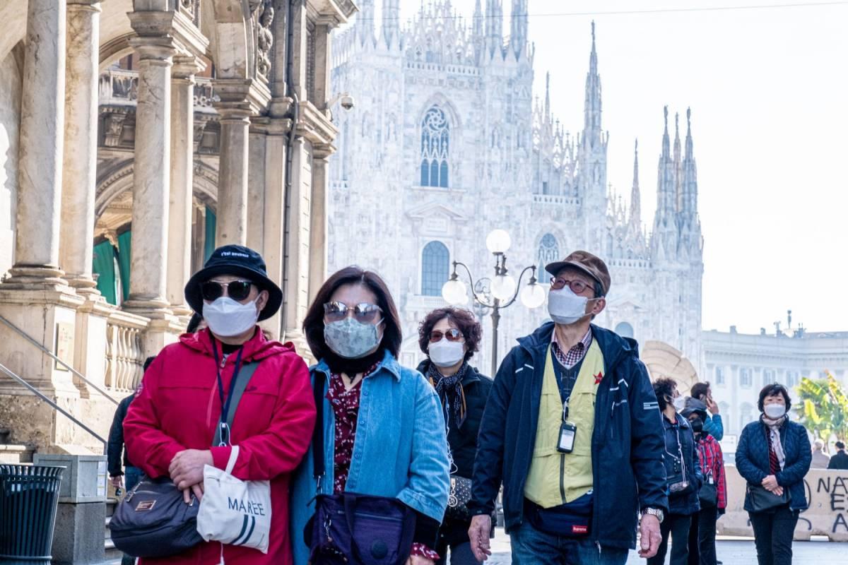Test in blocco e stop dei voli: ecco perché l'Italia ha il record di contagi