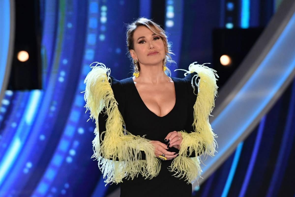 """""""La d'Urso deve morire"""", Yari Carrisi choc contro la conduttrice"""