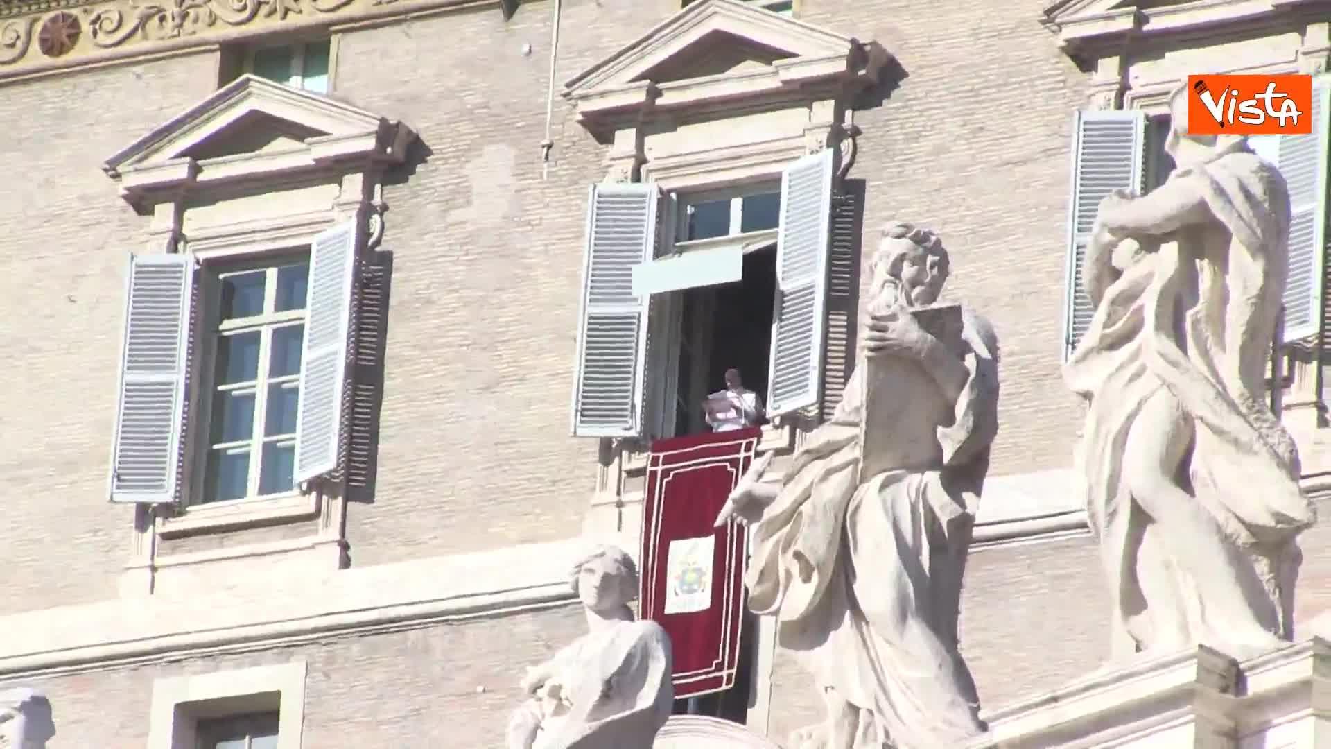 """Papa Francesco: """"Guerra porta solo morte e distruzione. Mantenere autocontrollo"""""""