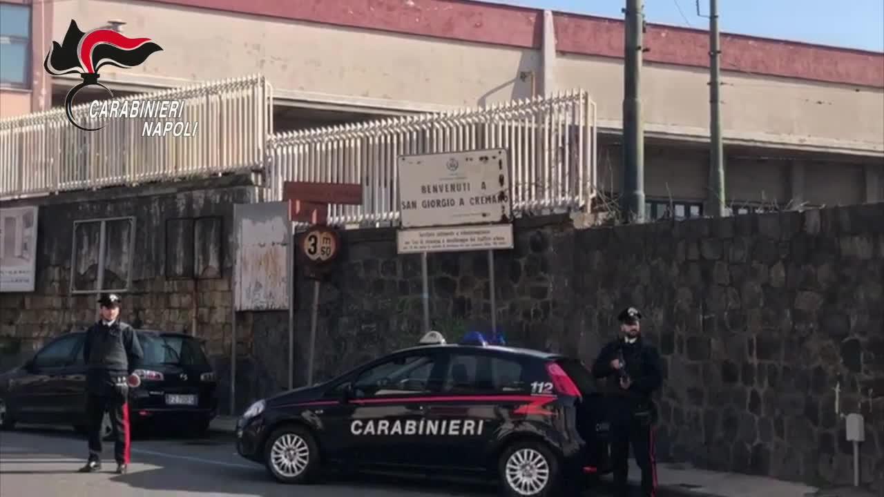 Le immagini dell'operazione dei carabinieri di Napoli