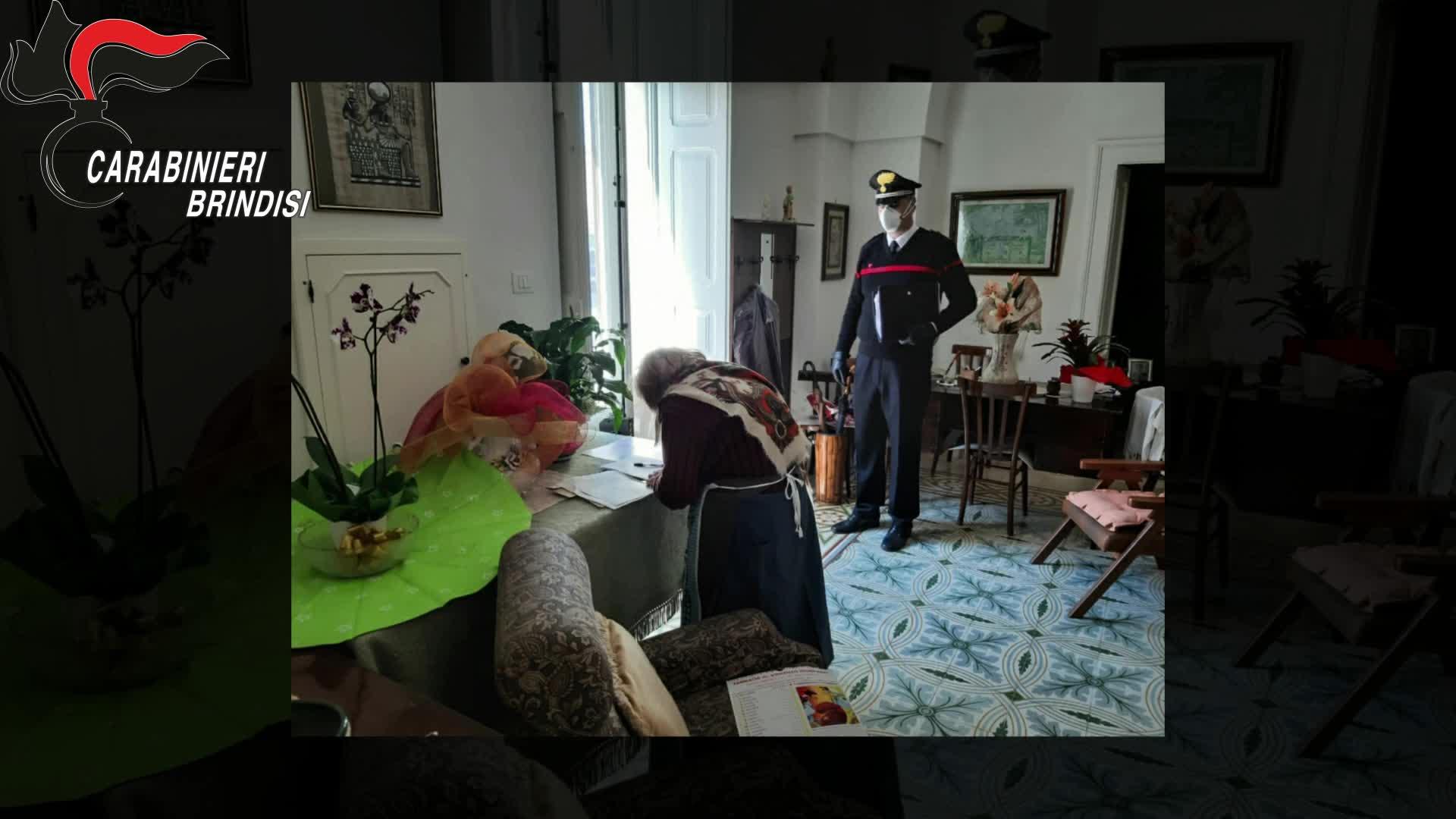 La pensione a domicilio per una anziana