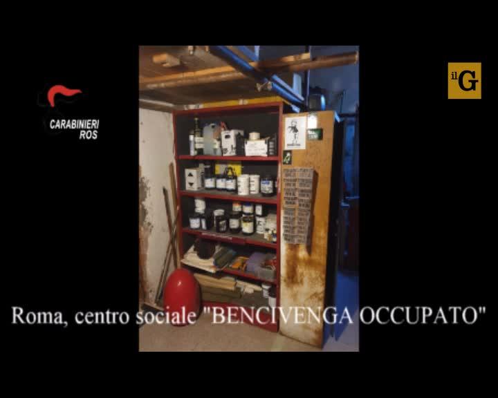 Il quartier generale degli anarchici nel centro sociale occupato