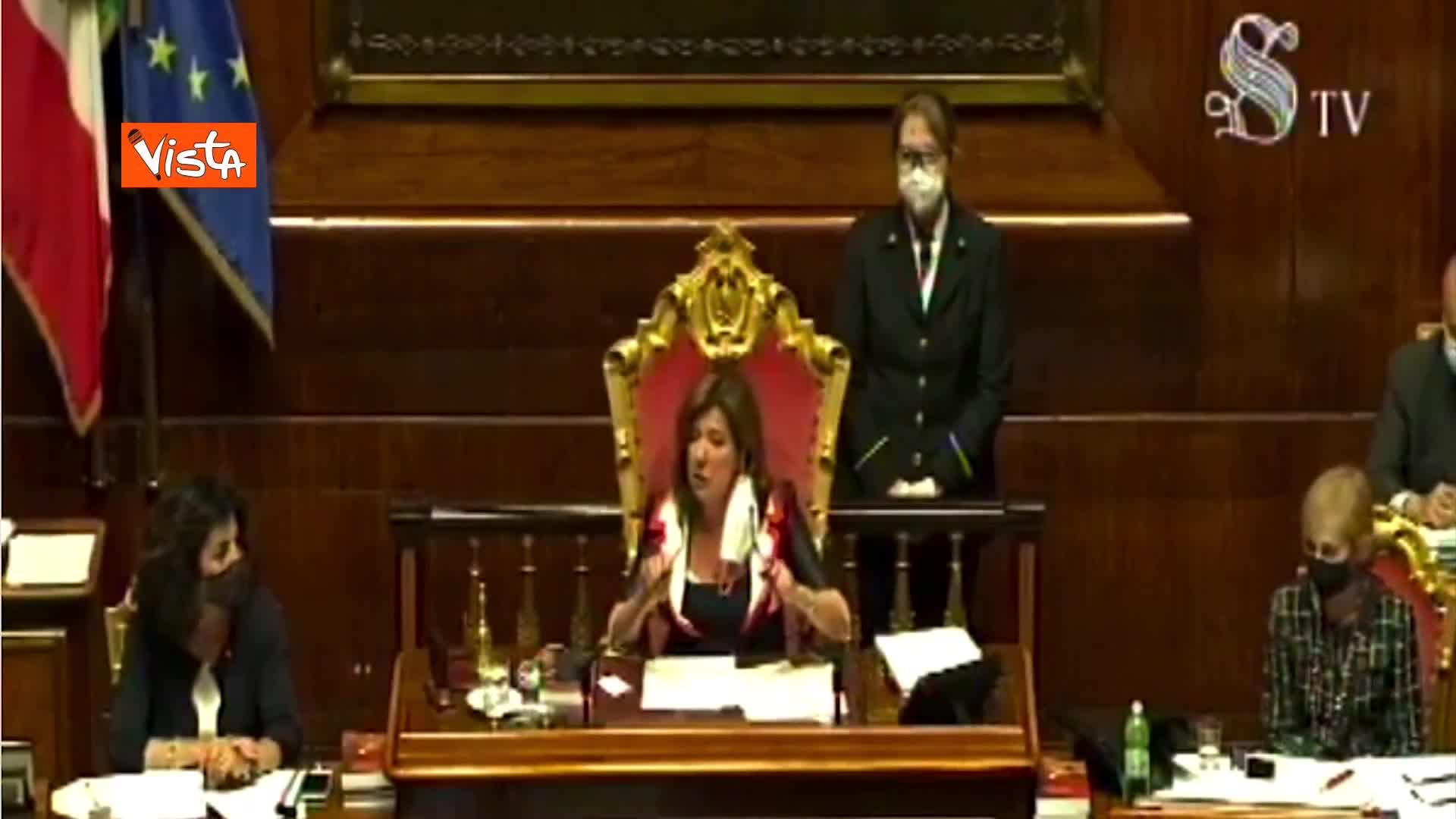 """Elezioni, Casellati: """"Niente ombre e sospetti, sospendo seduta per verifica tribune"""""""