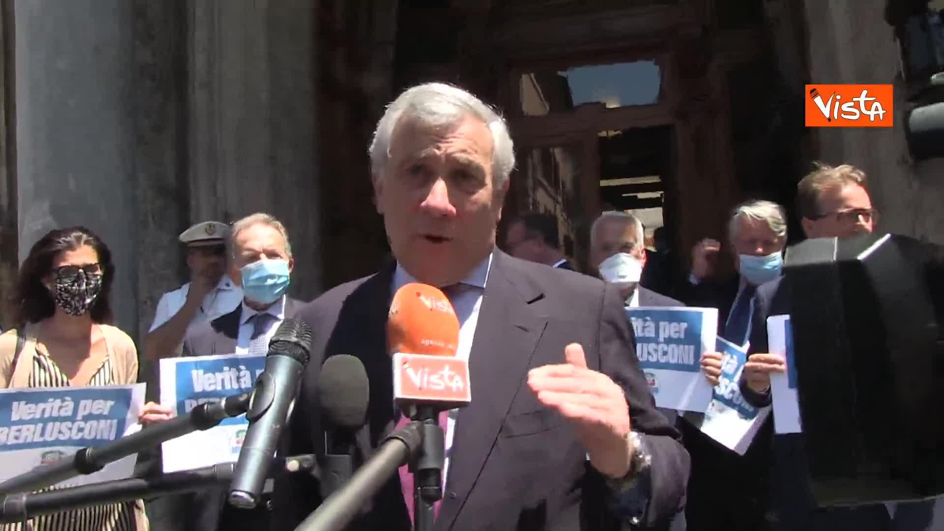 """Tajani: """"Berlusconi fu vittima di un golpe giudiziario"""""""