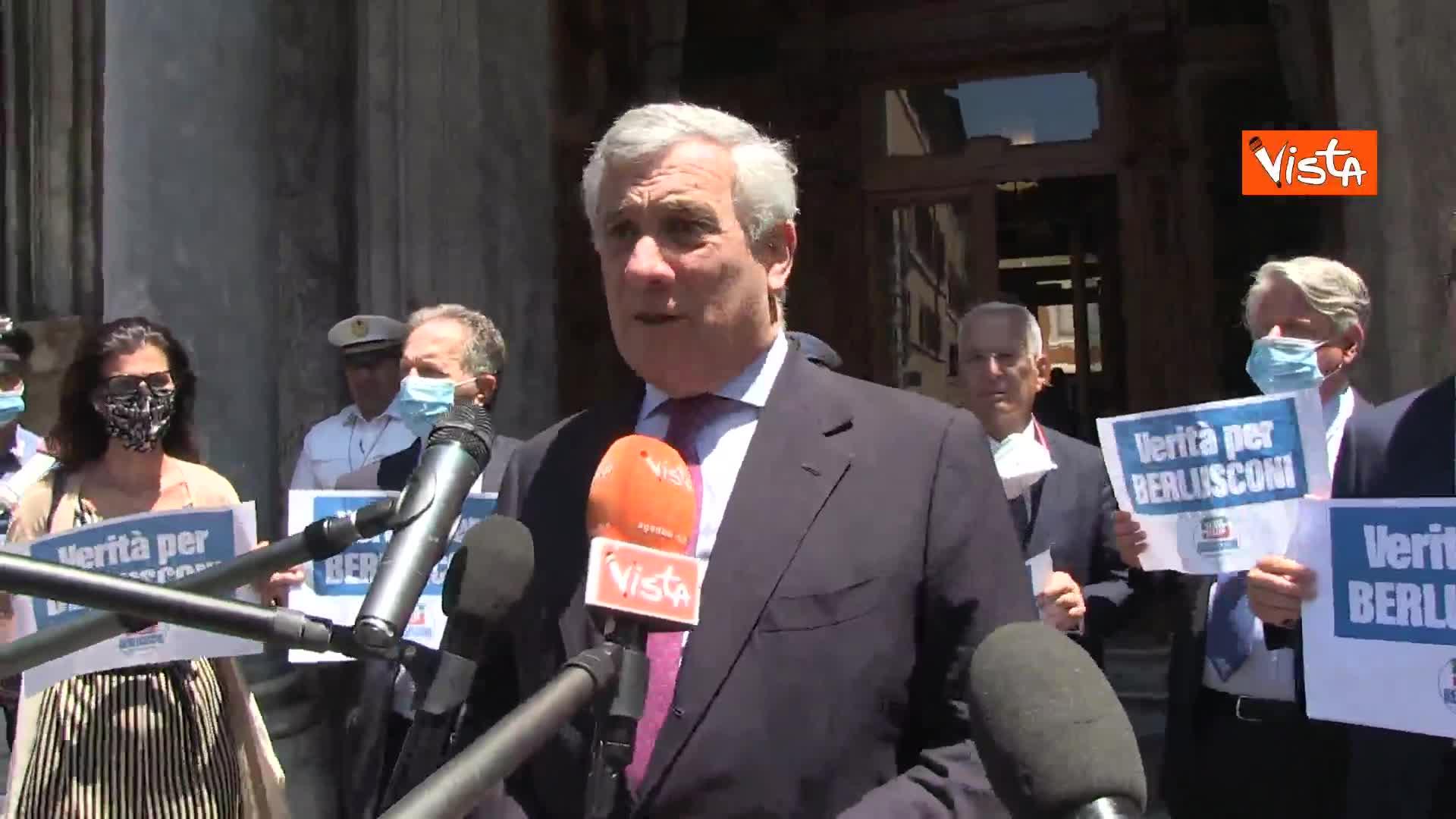 """Tajani: """"Cav senatore a vita? Avrebbe quanto gli è stato tolto"""""""