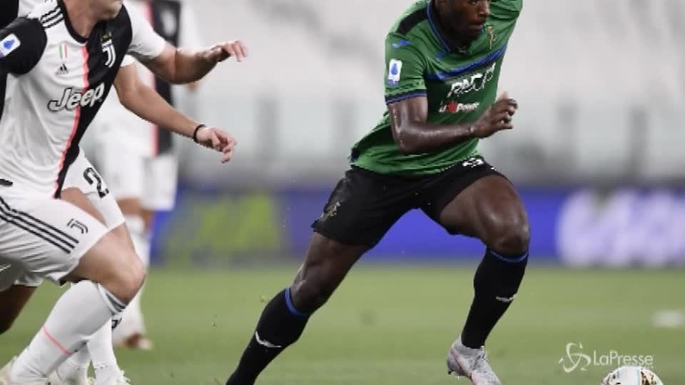 Serie A, CR7 su rigore salva la Juve: 2-2 con l'Atalanta