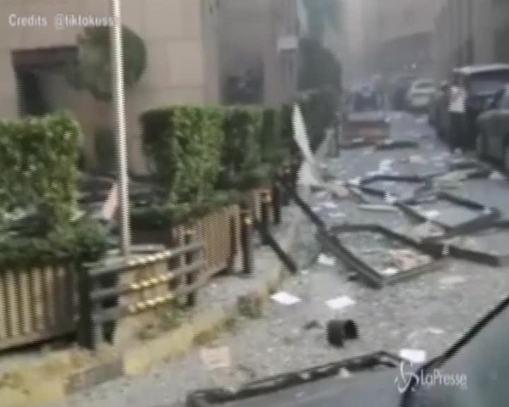 Beirut, le strade della città immediatamente dopo le deflagrazioni