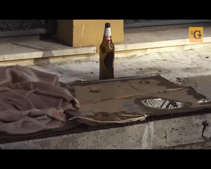 """Allarme rapine nel quartiere ghetto: """"Io, aggredito per una catenina"""""""