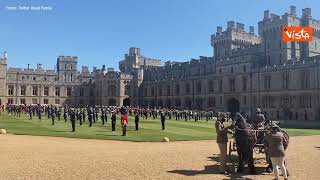 Funerali principe Filippo, i reggimenti schierati per l'arrivo del feretro