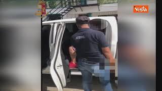 Fermato a Santo Domingo uno dei più ricercati sex offender. Le immagini del rientro in Italia