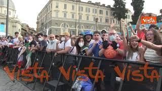 Euro 2020, la festa dei tifosi a Piazza del Popolo a Roma per Italia-Galles