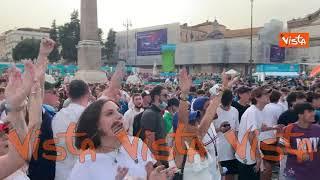 Italia-Galles, la gioia di Piazza del Popolo a Roma per l'uno a zero della Nazionale