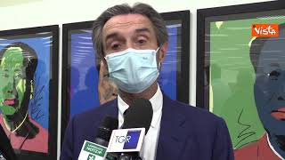 "Fontana inaugura mostra Andy Warhol all'hub vaccinale di Vimercate: ""Bellissima idea"""