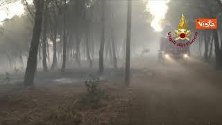 Incendi in Sardegna, proseguono le operazioni di spegnimento delle fiamme