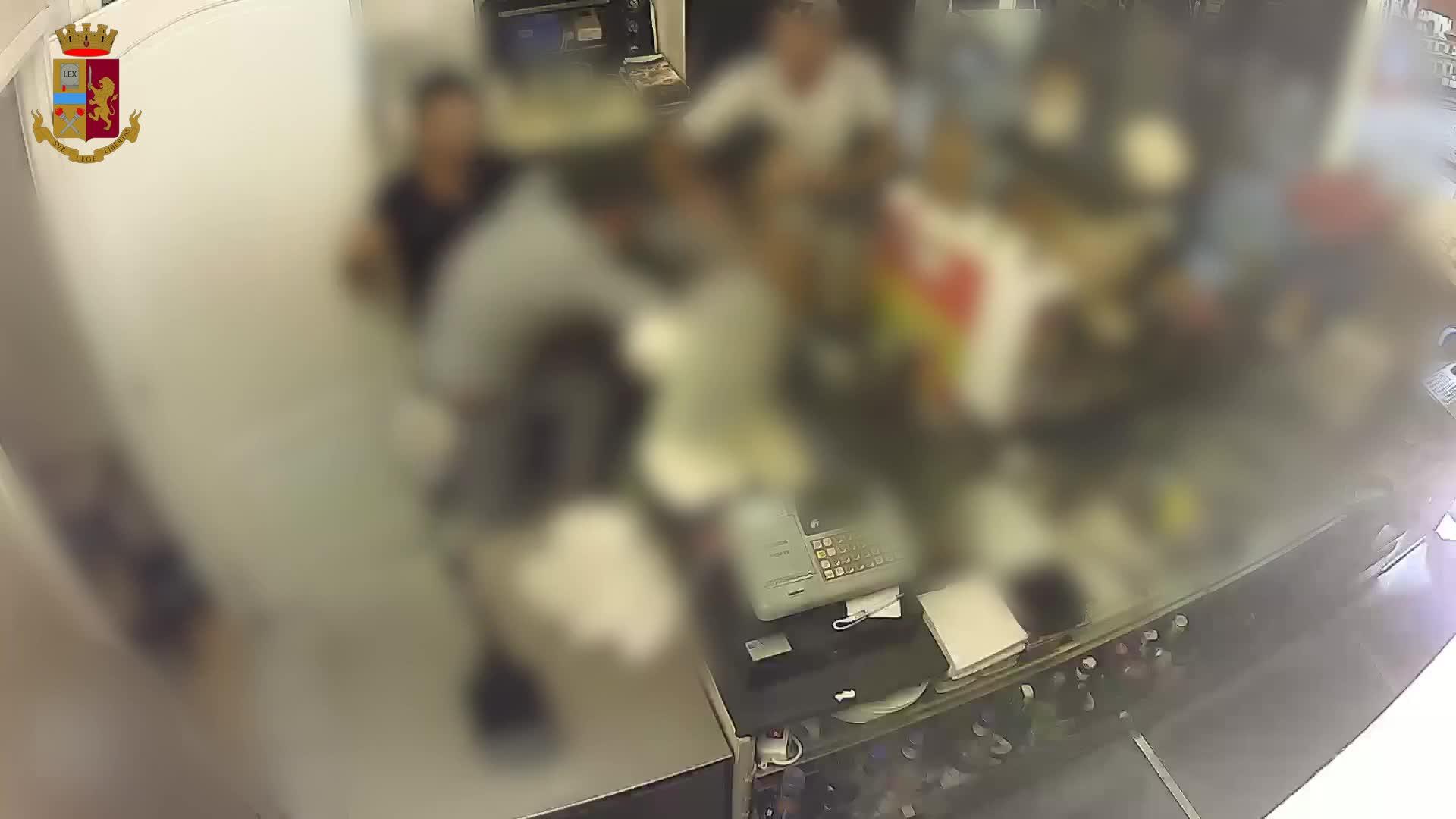 Sanremo, barista massacrato per un rimprovero perde un occhio