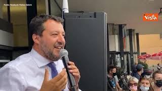 """Salvini fischiato a Desio (Monza): """"Questo deve essere il piano della sinistra per la città"""""""