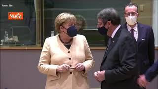 Ultimo Consiglio europeo per Merkel, l'attenzione dei leader e tutta per la cancelliera tedesca