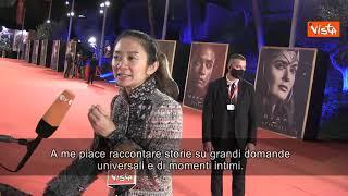 """Eternals, Chloè Zhao: """"Nel mio film ci sono grandi domande universali"""""""