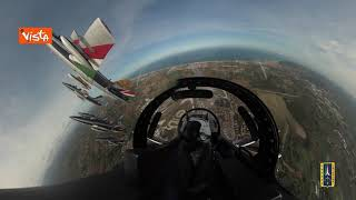 Il volo delle Frecce Tricolori sul circuito di Misano, le immagini spettacolari