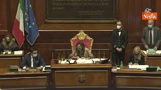 """Ddl Zan, approvata la """"tagliola"""" a scrutinio segreto con 154 Sì, proteste e applausi in aula"""