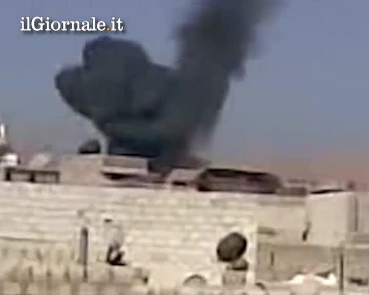 Damasco, i ribelli abbattono un elicottero