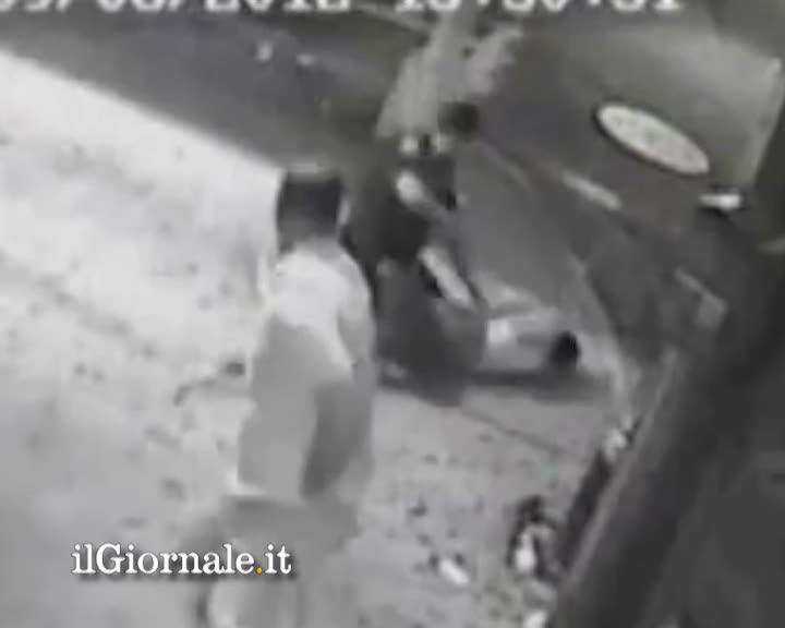 New York, poliziotto uccide ladro per sbaglio