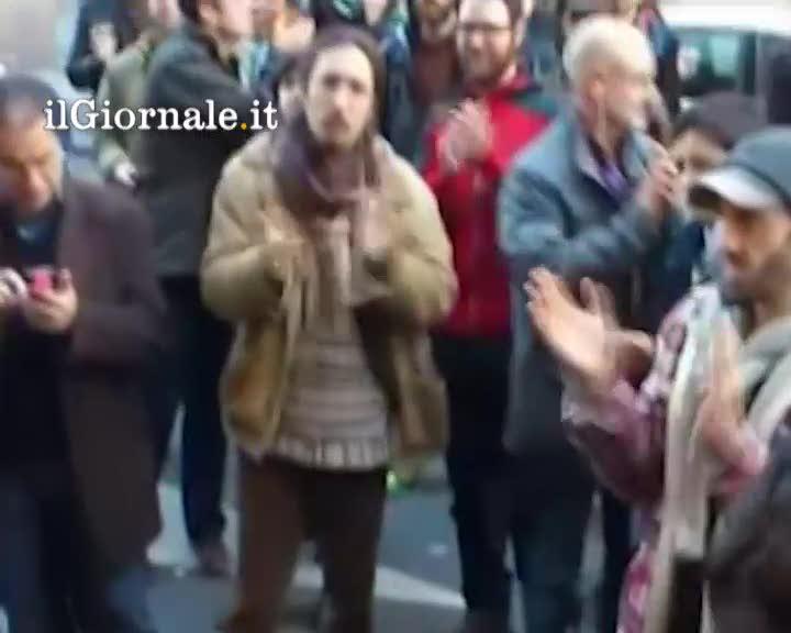 Spagna, i pompieri dicono no allo sfratto