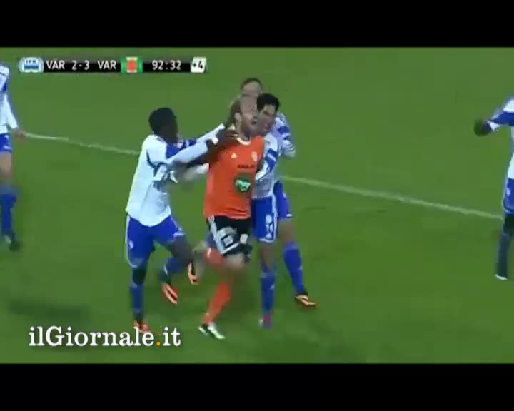 Portiere segna gol in extremis