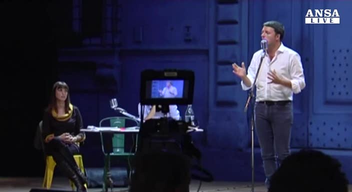 """Renzi sfida il Pd: """"Adesso basta larghe intese"""""""