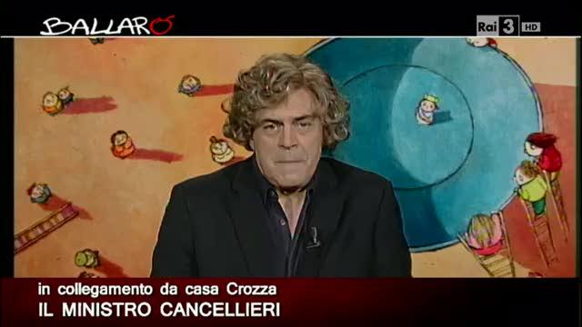 """Maurizio Crozza imita la Cancellieri """"umana"""""""