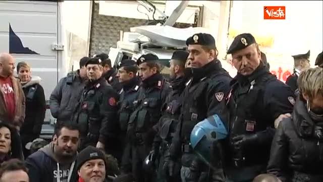"""I Forconi alle forze dell'ordine: """"Siamo con voi"""""""